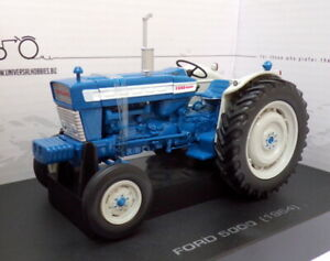 Universal Hobbies 1/32 Scale Tractor UH2808 - Ford 5000 - Blue