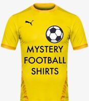 Unique Football Shirt Sports Numéro Iron on//Presse à Chaud Vinyle Transfert Blanc A18