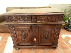 ITALIAN WALNUT BOOKCASE  PROFUSELY CARVED 1760 FREE SHIPPING ENGLAND