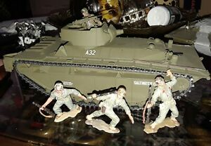 WW2 LVT-A4  54mm plastic with figures