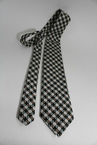"Vintage THE CUSTOM SHOP NECKTIE PLAIDS & CHECKS PATTERN MEN'S TIE 55"" x 4"""
