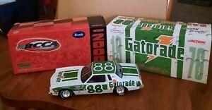 Darrell Waltrip 1 24 die-cast NASCAR