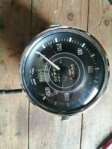 Triumph Tr2 Early Domed Glass Speedometer.