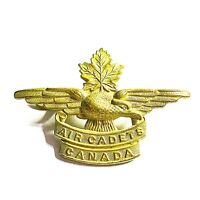 VINTAGE WWII Royal Canadian Air Cadets Canada Cap Badge