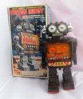 PISTON ROBOT. Vintage Robot HORIKAWA made in Japan. Ht 28 cm. Années 70/80