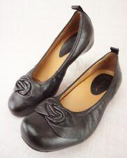 Earthies Rubio Black Leather Floral Bow Hidden Wedge Ballet Flats Women's 5 B