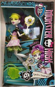 Monster High Ghoul Sports Spectra Vondergeist Doll ~ Brand NEW~