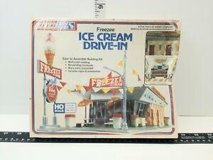 Life Like HO FREEZEE Ice Cream Drive In Sealed Distressed Box