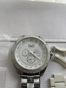 Dolce & Gabbana Unisex Chamonix Beige Watch Used DW0768 (RRP £185)