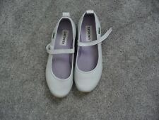 Ladies Genuine Lacoste Shoes size 4