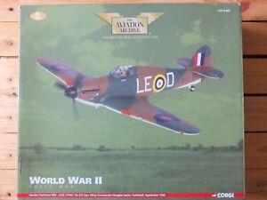 CORGI AA35505 - RAF HAWKER HURRICANE MKI LE-D DOUGLAS BADER 1940  - 1/32 MINT