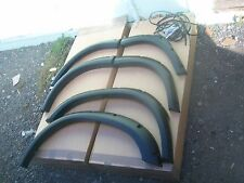 LAND ROVER DISCOVERY 2 / TD5 EXTRA WIDE  WHEEL ARCHES (factory seconds ,rejects)