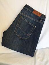 Tommy Hilfiger  Boot Leg  Distressed Denim Jeans  Mens  W30 L34 (TH1038)