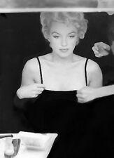 MARILYN MONROE  MAKEUP TABLE DRESS FIX  (1) RARE 8x10 GalleryQuality PHOTO