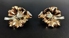 Pretty Pair of Clip on Gold Leaf Bumble Bees earrings by Trifari