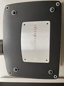 barco projection design F82 3DLP 1080P DCI P3