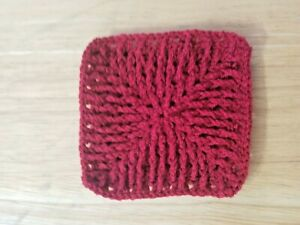 Handmade Crochet Rug for Doll House red chevron - square - 3.5 inches