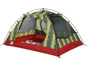 Supreme The North Face Snakeskin Taped Seam Stormbreak 3 Tent Green Red 3 people