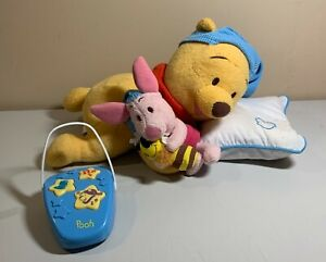 Disney Winnie the Pooh - Sing Me to Sleep Remote Soother with Control - Works