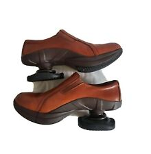 Z Coil Slip on Comfort Clogs Shoes Pain Relief Womens Size 9 Brown Leather