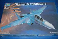 Trumpeter 01645 - Russian Su-27UB Flanker C  scala 1/72