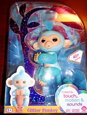 Fingerlings Interactive Glitter monkey Lite Blue Glitter Girl Amrlia