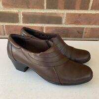 Clarks brown leather slip on chunky heel clogs women's US 7.5 M comfort shoes