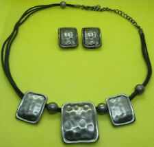 Vintage Ornate Hammered Silver Tone Modernist Geometric Necklace & Clip Earrings