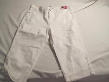 LEE----Classic Fit Slimming White Denim  Jean Shorts/Crops----Size 16