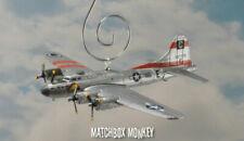 Avion militaires miniatures en guerre