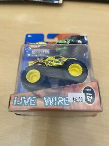 2004 #27 Hot Wheels Monster Jam Truck - LIVE WIRE 1:64 NIP
