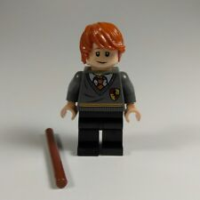 "LEGO® HARRY POTTER ""Ron Weasley"" Gryffindor Stripe and Shield MINIFIGURE ~ RARE!"