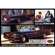 MPC 1966 Batmobile con Batman e Robin FIGURE 1:25 Figure KIT MODELLO POL920