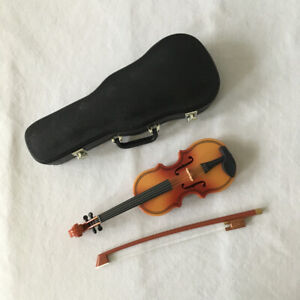 American Girl Doll VIOLIN SET with CASE Excellent Condition