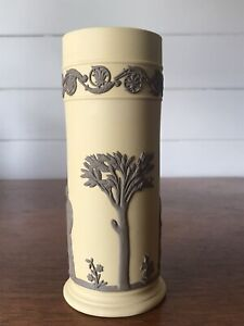 Vintage Wedgwood Jasperware Brown On Cane Grecian Spill Vase England