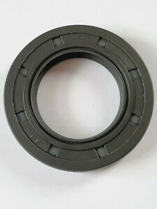 SKF Oil Seal 30x50x7mm Double Lip R23/TC With Garter Spring