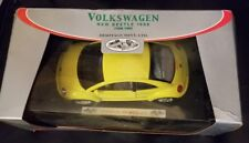 1998 Yellow Volkswagen New Beetle Heritage Mint Die Cast Metal 1/24 Scale