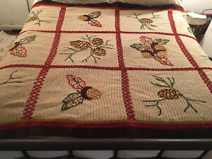 """Vintage Large Afghan - Fall/Winter Theme - Excellent Condition - 74"""" L x 51"""" W"""