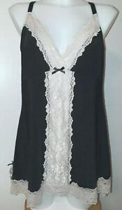 Torrid NWT Black / Cream Lace  adjustable strap stretch chemise babydoll 1X NWT