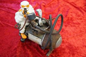 Reifenkompressor von Michelin Vorkrieg Toussain & Co. 10800