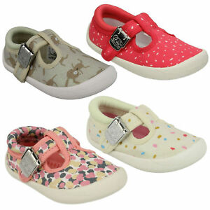 GIRLS CLARKS CHOC CAKE TODDLER CLASP INFANT SUMMER PUMP FIRST CANVAS SHOES SIZE