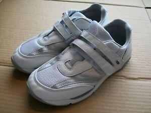 SAS Womens 7M 2-strap Shoes