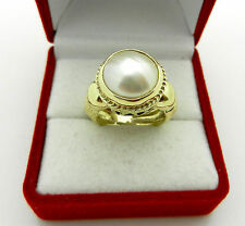 Beautiful 14k Yellow Gold Mabe Pearl Heavy Ring 9.5 grams size 4.25