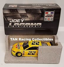 Joey Logano 2016 Lionel #22 Pennzoil Ford Fusion 1/24 FREE SHIP!
