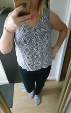 atmosphere /primark aztec blue print sleevless top. V neck. size 18