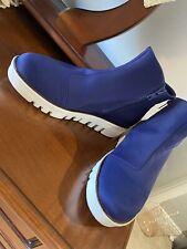 Fit Flop Size 8 Platform White Sole Blue Zip Ankle Boots