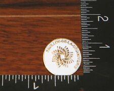 Pavillon De La Decouverte French Language White Circular (Hat Pin / Lapel)