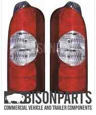 * Si Adatta Nissan Interstar 2002-2011 Lampada Posteriore Tail lens Coppia di RH & LH VAX024/025