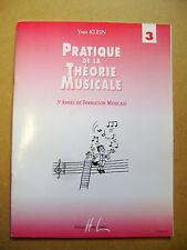 Partition pratique de la théorie musicale 3 ème année /R50