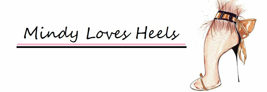 Mindy Loves Heels